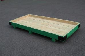 重量物用パレット(塗装、角部補強施工例)